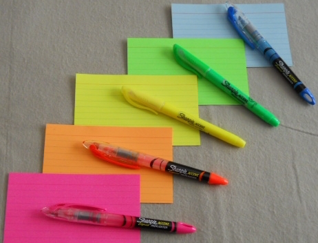 Colored-index-cards-highlighters